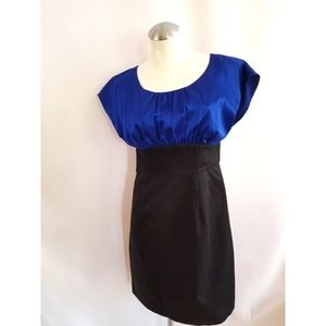 The Limited Size 6 Black Blue Dress Midi